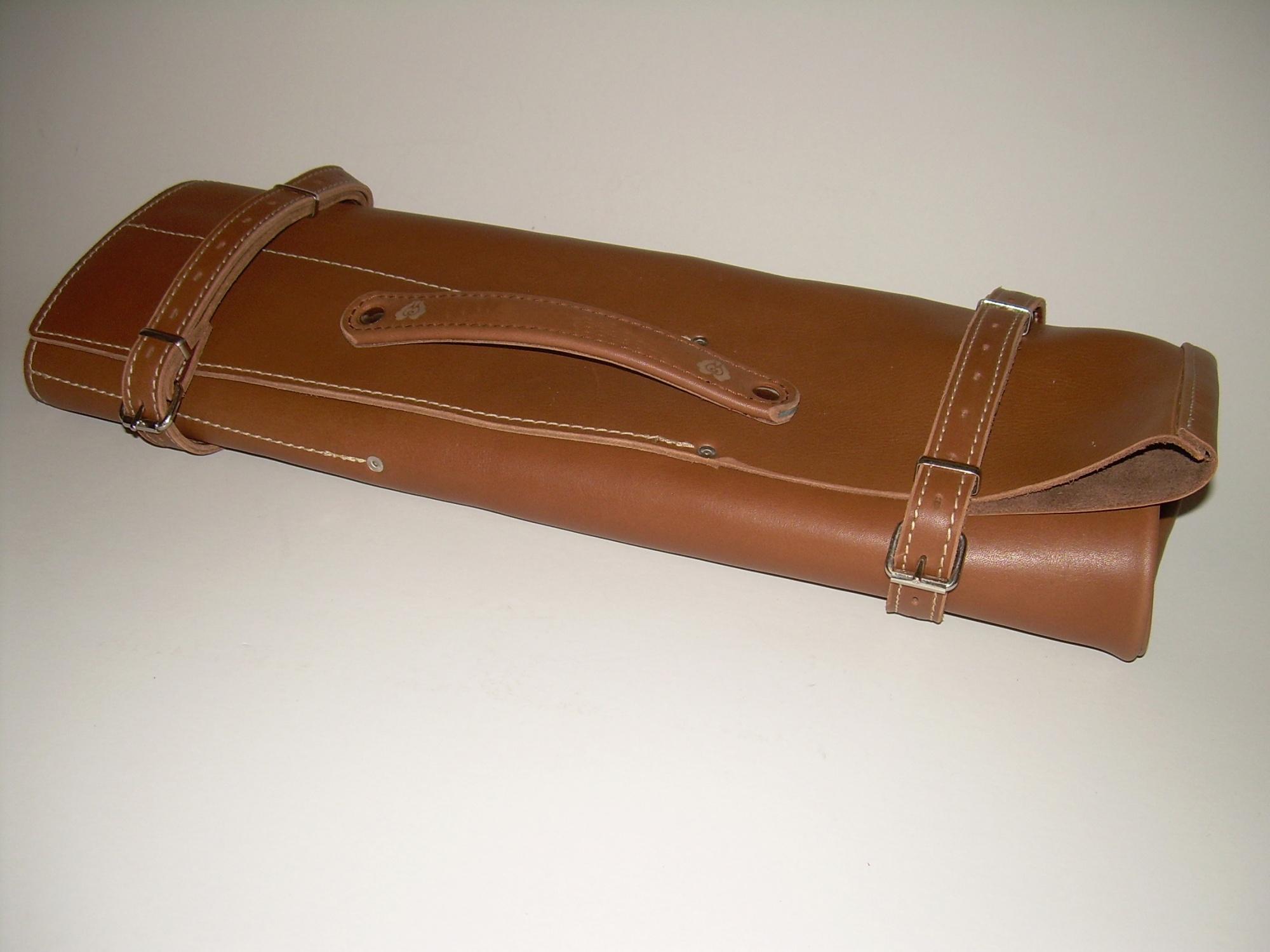 Puha bőrből készült 12 fakkos késtok + fogantyú + gravírozás ... 5e22715959