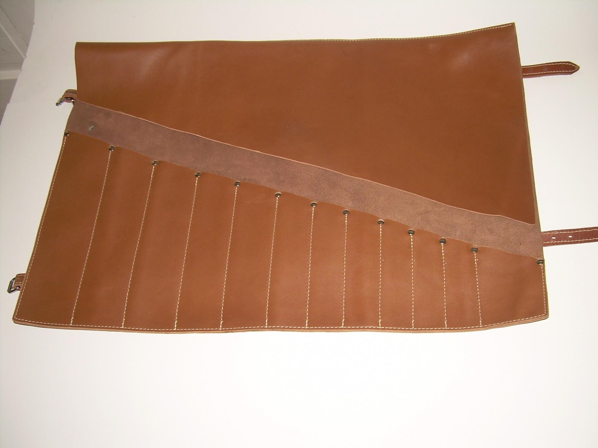 Puha bőrből készült 12 fakkos késtok + fogantyú + gravírozás 5a97b0fd14